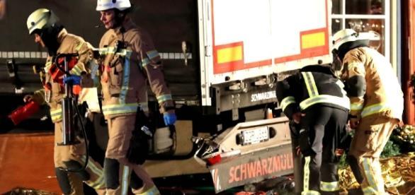 Hoy Digital - Camión que irrumpe en mercado en Berlín causa al ... - com.do