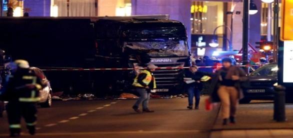 Incidente deixou 12 mortos e 48 feridos em Berlim nesta segunda-feira, 19