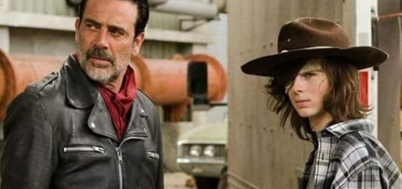 Negan e Carl no sétimo episódio