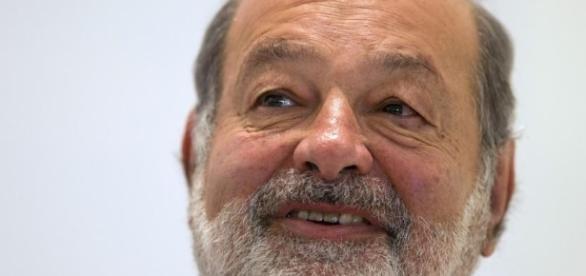 Según la clasifica de la revista Forbes, Carlos Slim Helù es uno de los hombres más ricos del mundo.
