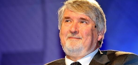 Welfare, Poletti: piano di contrasto povertà, dopo il Jobs act ... - investireoggi.it