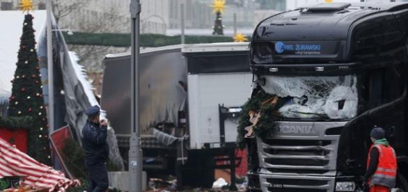 Alemanha procura tunisiano suspeito de atacar feira de Natal em ... - globo.com