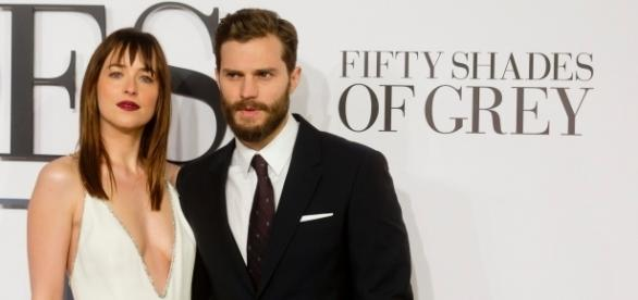 Os atores Dakota Johnson e Jamie Dornan