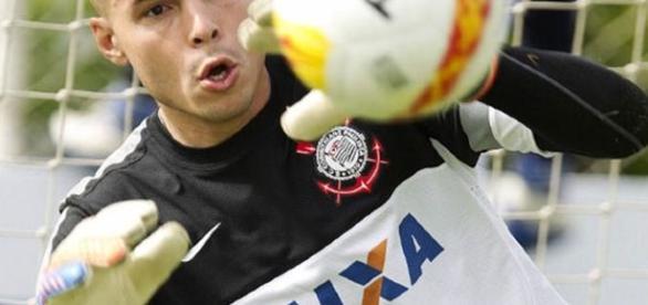 Goleiro foi titular do Corinthians na campanha do título brasileiro de 2011