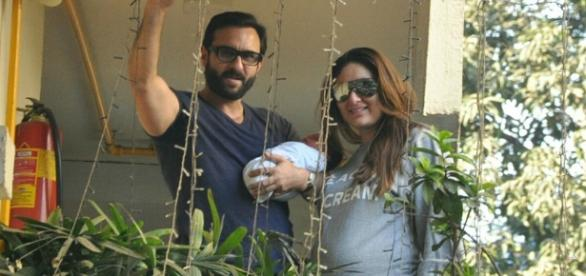 Kareena and Saif bring Taimur home (Panasiabiz.com)