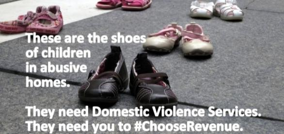 Photo from responsiblebudget.org on domestic violence awareness