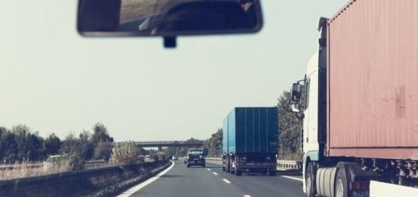 Proprietários de veículos vão pagar um seguro obrigatório mais barato no próximo ano.