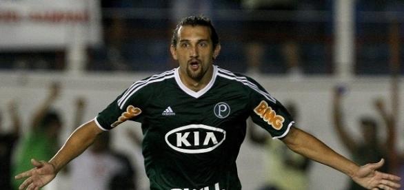 Ex-Palmeiras e Grêmio, Barcos pode reforçar o Fluminense em 2017 (Foto: Vavel)