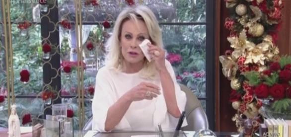 Fã faz pedido inustado a Ana Maria e apresentadora chora. (reprodução / TV Globo)