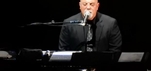 Billy Joel, photo by slgckgc, courtesy of Wikimedia Commons