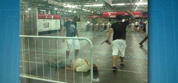 Dupla espancou ambulante idoso até a morte (Foto: Reprodução/TV Globo)