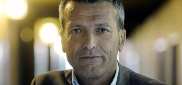 France Monde | Primaire : Edouard Martin soutient Benoit Hamon - lejsl.com