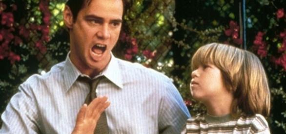 """Jim Carrey em cena de """"O Mentiroso"""""""