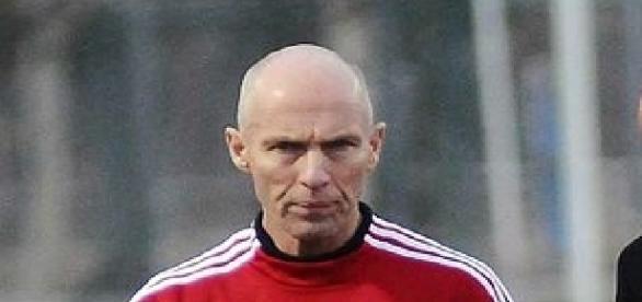 Bob Bradley (Credit: Aboodegypt - wikimedia.org)