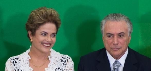 Chapa Dilma-Temer é alvo de investigação da PF.