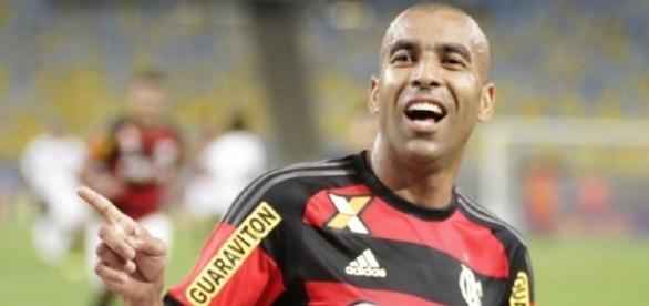 Emerson Sheik não vai jogar no Flamengo em 2017 (Foto: Gilvan de Souza/CRF)