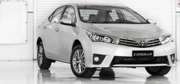 Nova geração do Toyota Corolla já está em teste no Japão