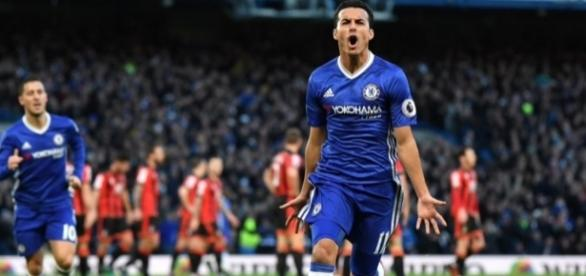 Pedro celebrates scoring against Bournemouth (Credit: https://twitter.com/_Pedro17_/status/813432058320224256)