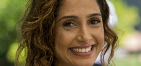 Camila Pitanga quer encontrar novamente a alegria