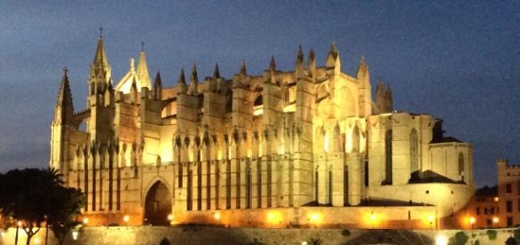 die beeindruckende Kathedrale La Seu! Für Besichtungen sei bitte schon MORGENS da, sonst stehst du länger an! Foto: Grischa Baumeister