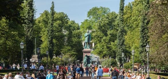 Estatua de Juan Ludwig Runeberg Esplanadi, Helsinki