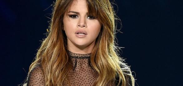 Nach Hass-Posts gegen Justin Bieber und Sofia Richie: Auch Selena ... - vip.de