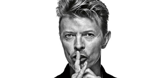 O astro David Bowie, um dos artistas que faleceram em 2016.