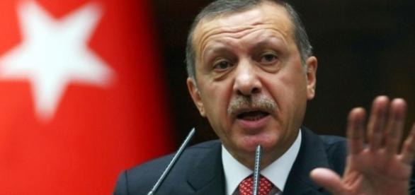 Recep Erdogan: sempre più lontano dagli USA, sempre più vicino alla Russia