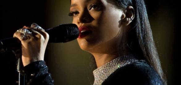 Rihanna unfollows Jennifer Lopez (Image source: Wikimedia Commons)