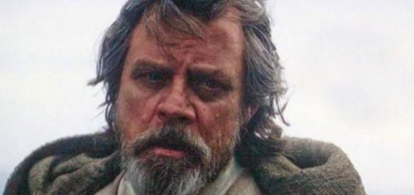 14 Secrets We Need Revealed in Star Wars 8 - movieweb.com