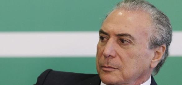 Michel Temer e seu sucesso no congresso brasileiro.