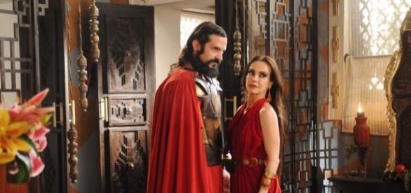 Yussuf e Ravena em 'A Terra Prometida' (Divulgação/Record)