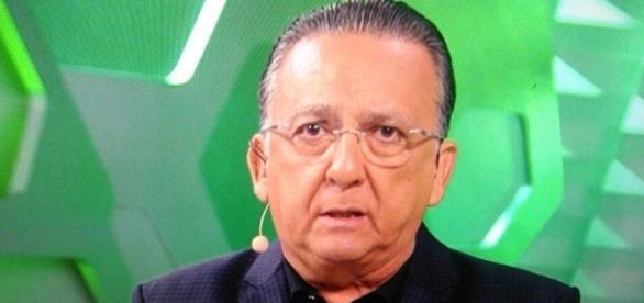 Galvão Bueno ficou muito emocionado na cobertura do velório da Chapecoense
