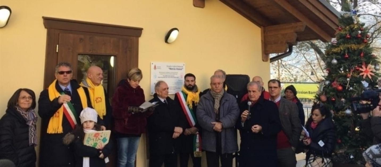 Terremoto inaugurato a norcia il nuovo asilo antisismico for Asilo in casa