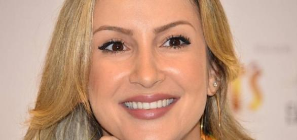"""Claudia Leitte canta Led Zeppelin na final do """"The Voice"""""""