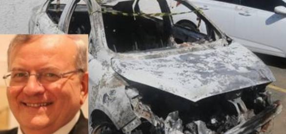 Embaixador foi queimado após a morte
