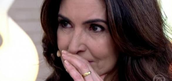 """Fátima Bernardes não conseguiu controlar as emoções no último """"Encontro"""" do ano"""