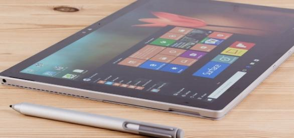 Microsoft's next-gen Surface Pro 5 tablet with Stylus (via http://www.pcadvisor.co.uk)