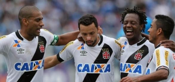 Nenê pode pintar no Corinthians como reforço em 2017 - com.br