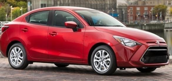 Toyota Yaris teria como concorrentes no Brasil o Chevrolet Cobalt e o Fiat Linea