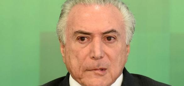 "Site do presidente Michel Temer foi invadido por hacker que se autodenomina ""Anarchy Ghost"""
