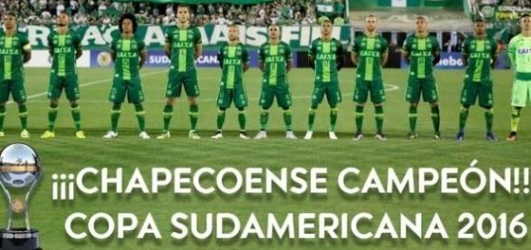 A Chapecoense foi declarada campeã da Sul-Americana 2016. (Foto: Divulgação Conmebol)