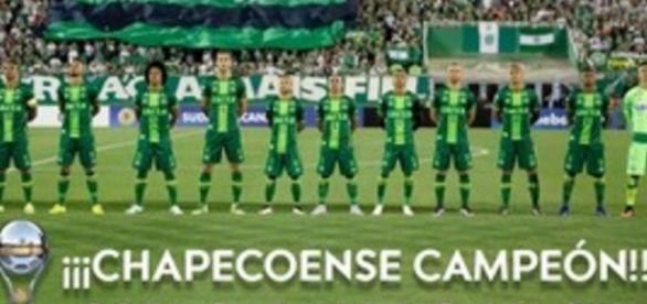 Chapecoense é a campeã da Sul-Americana - Foto/Reprodução