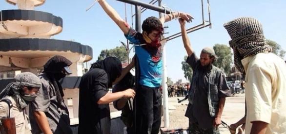 COJM - Estado Islâmico crucifica cristãos todos os dias durante o ... - com.br