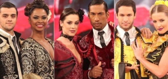 Os três casais dançando o pasdoble na 13ª edição do programa