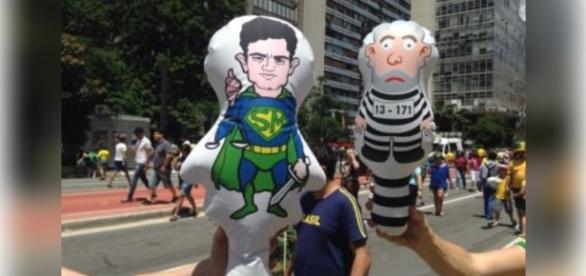 Pixulecos de Dilma e de Lula ficam encalhados, mas de Sergio Moro são todos vendidos
