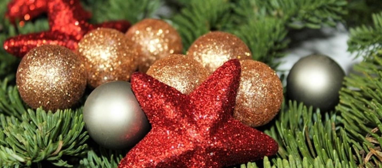 Addobbi natalizi 39 fai da te 39 idee semplici per le for Idee decorazioni casa fai da te
