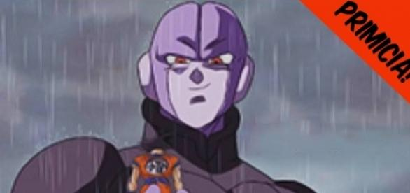 Hit sosteniendo a Goku en una mano