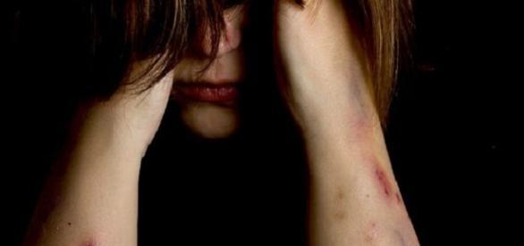 Jovem com necessidade especial é violentada coletivamente em Alagoas