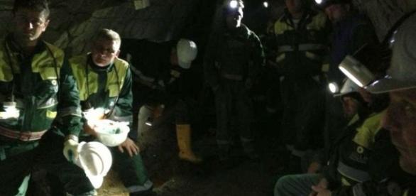Proteste ale minerilor din Valea Jiului. Sute de ortaci s-au blocat în subteran
